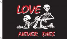 LOVE NEVER DIES - 5 X 3 FLAG